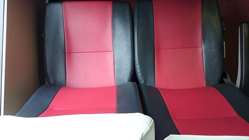 シャトルバス「MyBus」の座席
