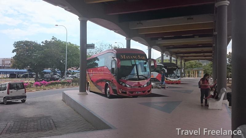 クアラペルリスの長距離バスターミナル