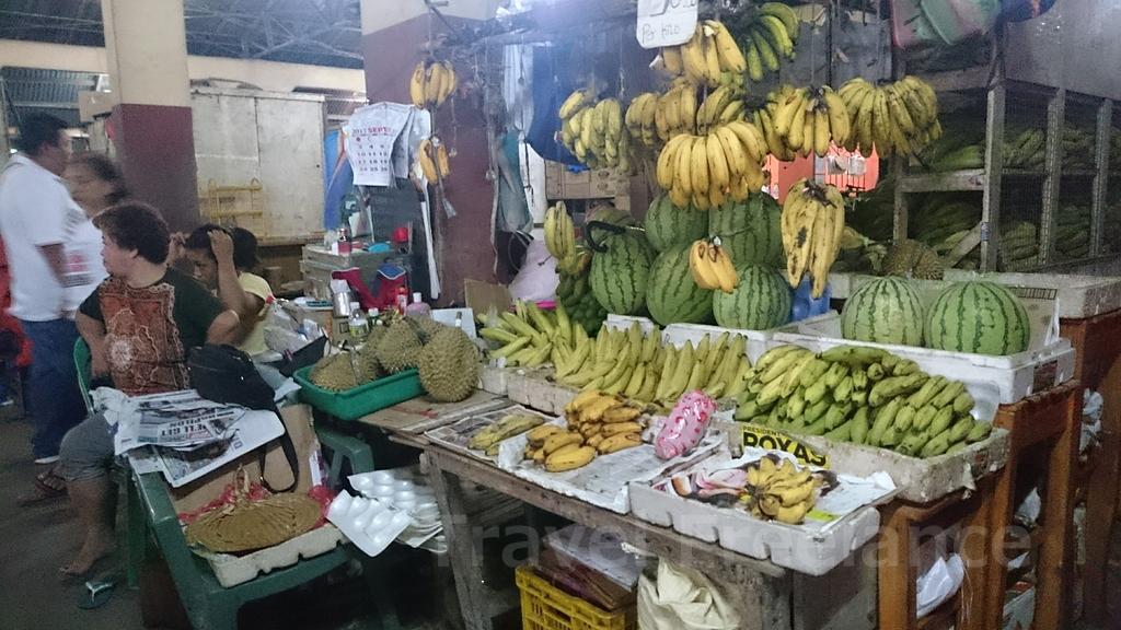 マンバハオ・パブリック・マーケット内の様子