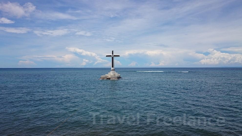 海に浮かぶサンケン・セメタリー