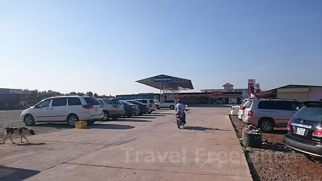 コッコンのバスターミナルの様子