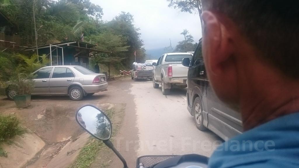 プーナムロン⇔ティーキー間のバイクタクシー